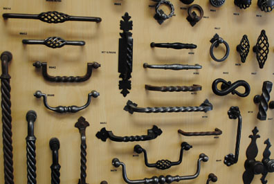 cabinet_and_furniture_hardware